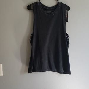 XL distressed tank